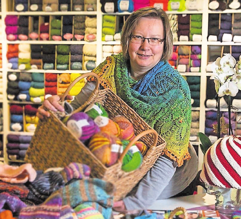 """Im """"Wollknäul"""" in Marktredwitz, Markt 15, finden die Liebhaber von Handarbeiten alle nötigen Utensilien. Foto: PR"""
