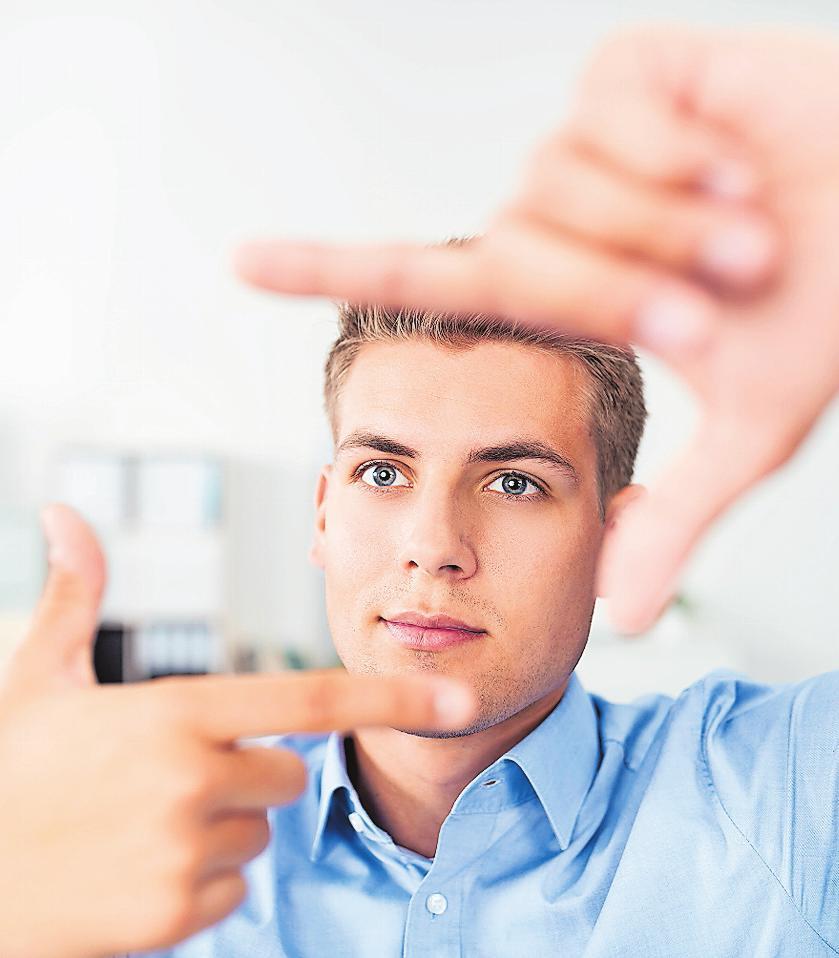 Doppelt hält besser: Beim dualen Studium profitieren junge Menschen von einer großen Praxisnähe. FOTO: CONTRASTWERKSTATT/ STOCKADOBE.COM/FRE