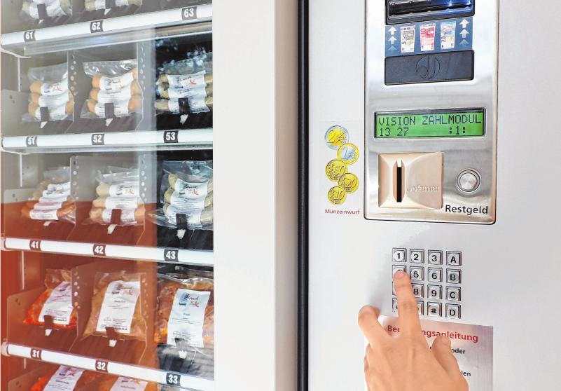 Denkbar einfach: Geld einwerfen, Produkt auswählen und entnehmen. Foto: Anne Bennewitz