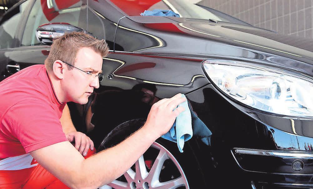 Wer ein geleastes Auto während der Vertragslaufzeit gut pflegen lässt, kann am Ende Kosten sparen. Foto: ATU/dpp-Autoreporter