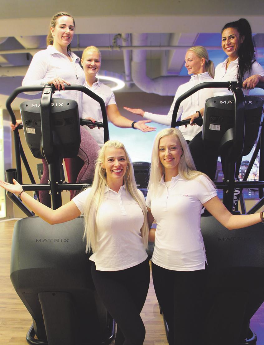 Im Sports Club Ahrensburg erwartet Sie ein Team aus kompetenten und freundlichen Trainerinnen und Trainern, die Sie auf dem Weg zu Ihrer Wunschfigur unterstützen