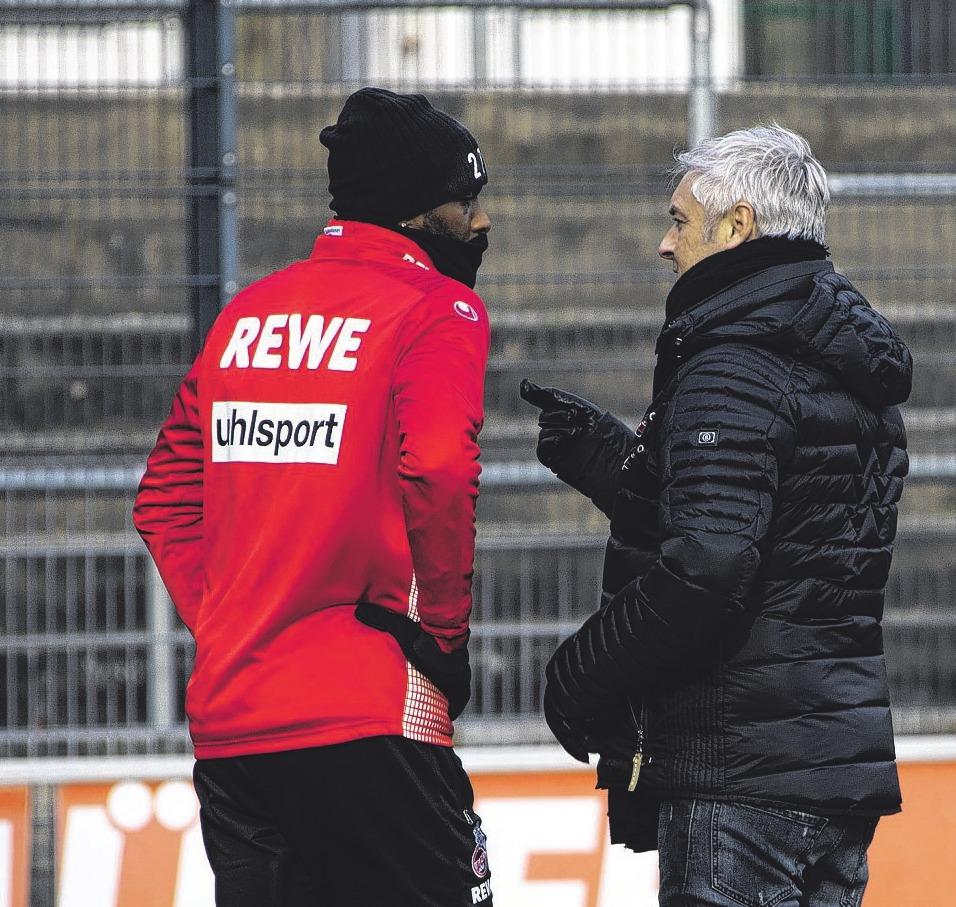 Armin Veh im Gespräch mit Anthony Modeste. Foto: Bopp