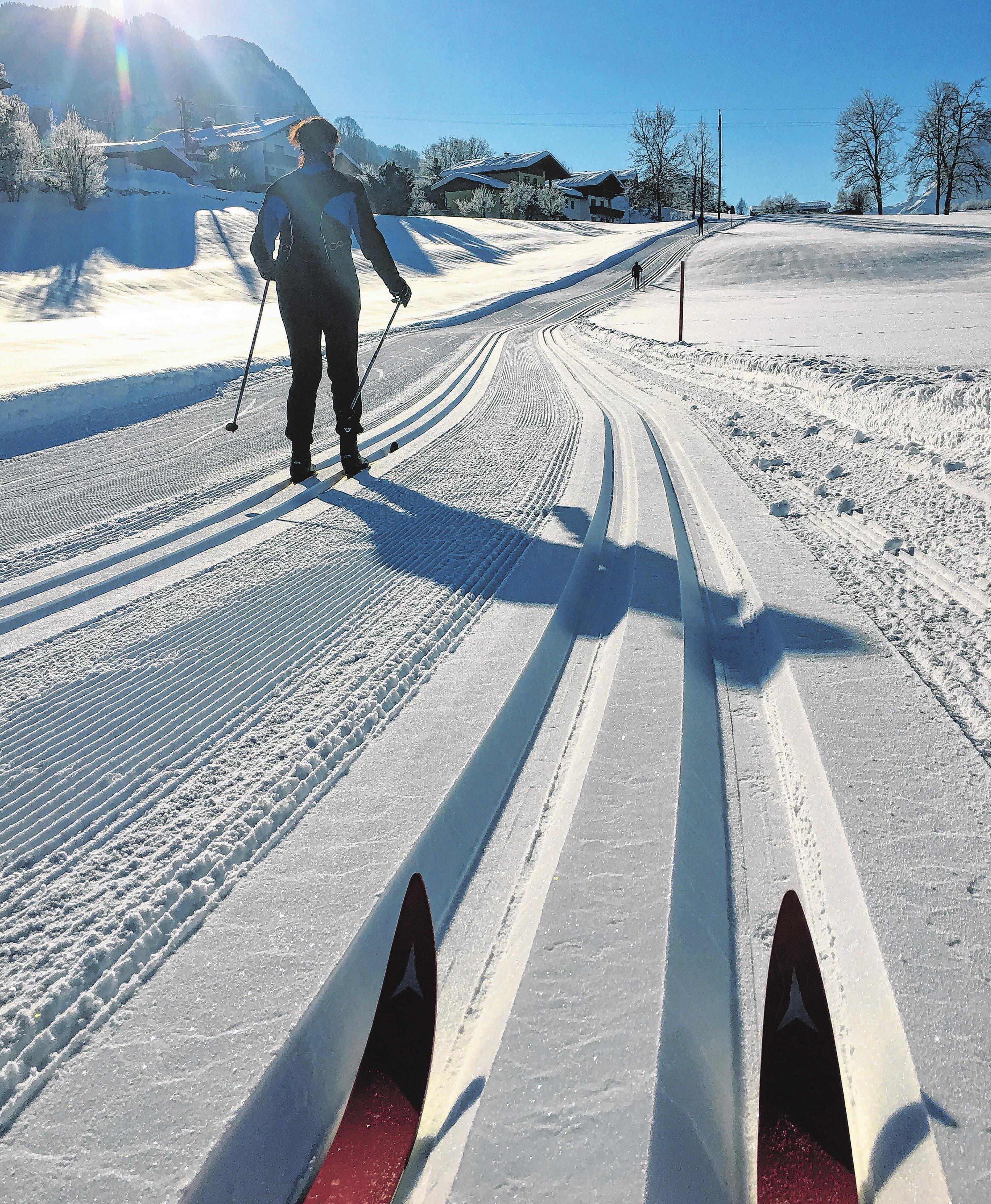 Ob auf der Piste oder in der Loipe - beim Wintersport kann schnell etwas passieren. Foto: cr