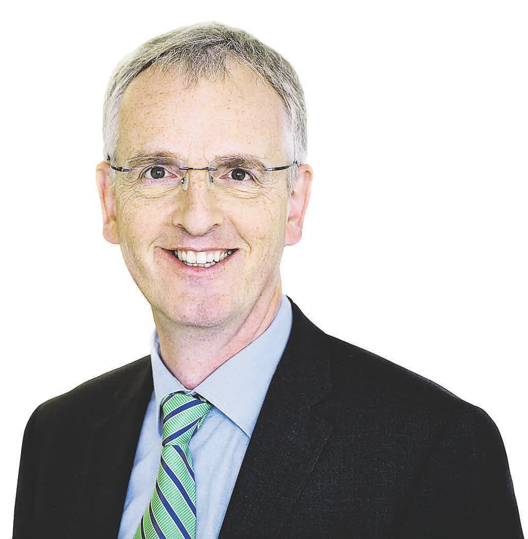 Zur Person: Prof. Dr. Günter Hirth ist Professor für Betriebswirtschaftslehre. Seit 2013 leitet er die Berufsbildung bei der IHK Hannover.IHK Hannover