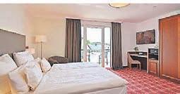 Die Zimmer sind hochwertig ausgestattet und bieten Klimaanlage und Balkon.