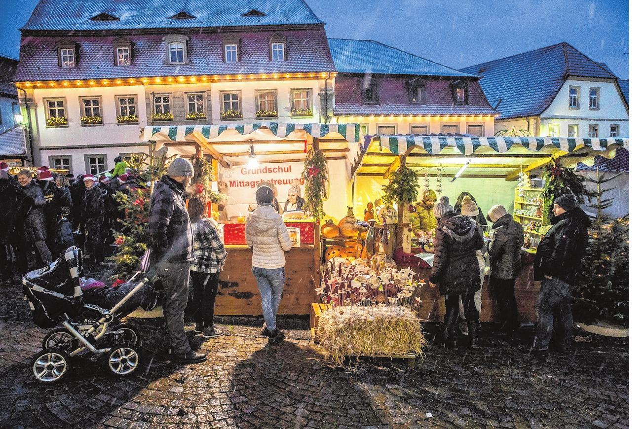 Viele Händler bieten ihre Waren an. FOTO: REN`E RUPRECHT