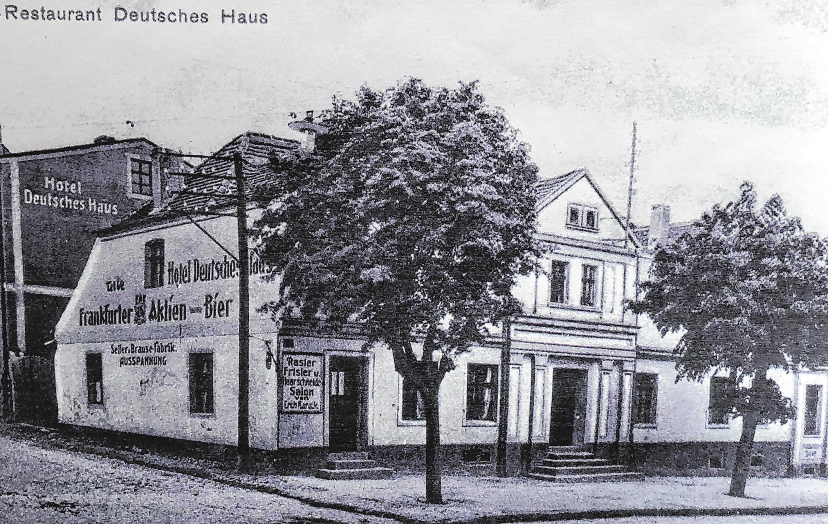 Lebus ist ein Ort mit Geschichte. Um deren Pflege kümmern sich die Mitglieder des Lebsuer Heimatvereins. Regelmäßig gestalten sie Ausstellungen im Haus Lebuser Land. Aktuell ist dort eine Sonderschau zum Lebuser Gastgewerbe zu sehen - mit vielen historischen Fotos, wie jenem vom einstigen Gasthof Deutsches Haus. Foto: Repro Doris Steinkraus