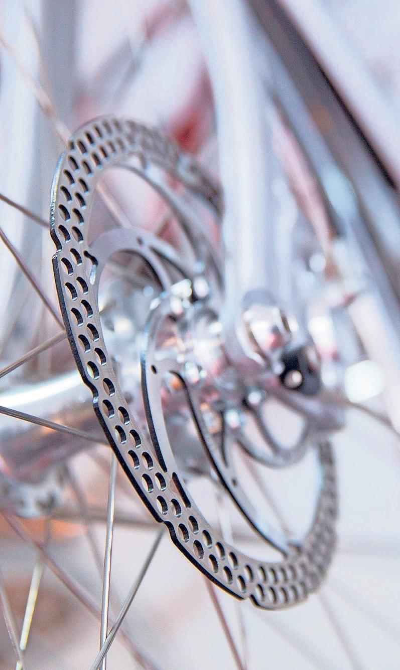 TREND ZUR SCHEIBE: Auch an Rennrädern immer öfter zu sehen.Foto: Florian Schuh/dpa-tmn