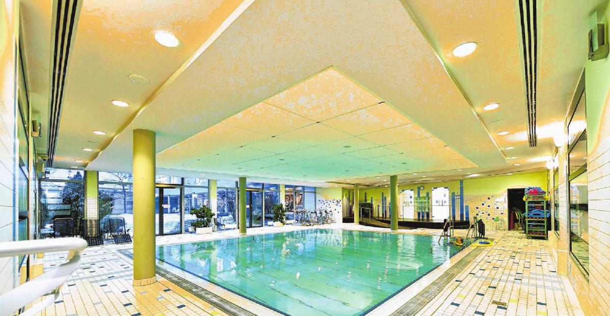 Das großzügige Schwimmbad im S29 rundet das Wellness-Vergnügen perfekt ab.