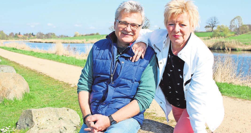 Angelika und Henning König laden seit Karfreitag wieder in ihre gemütliche Kanalklause ein.