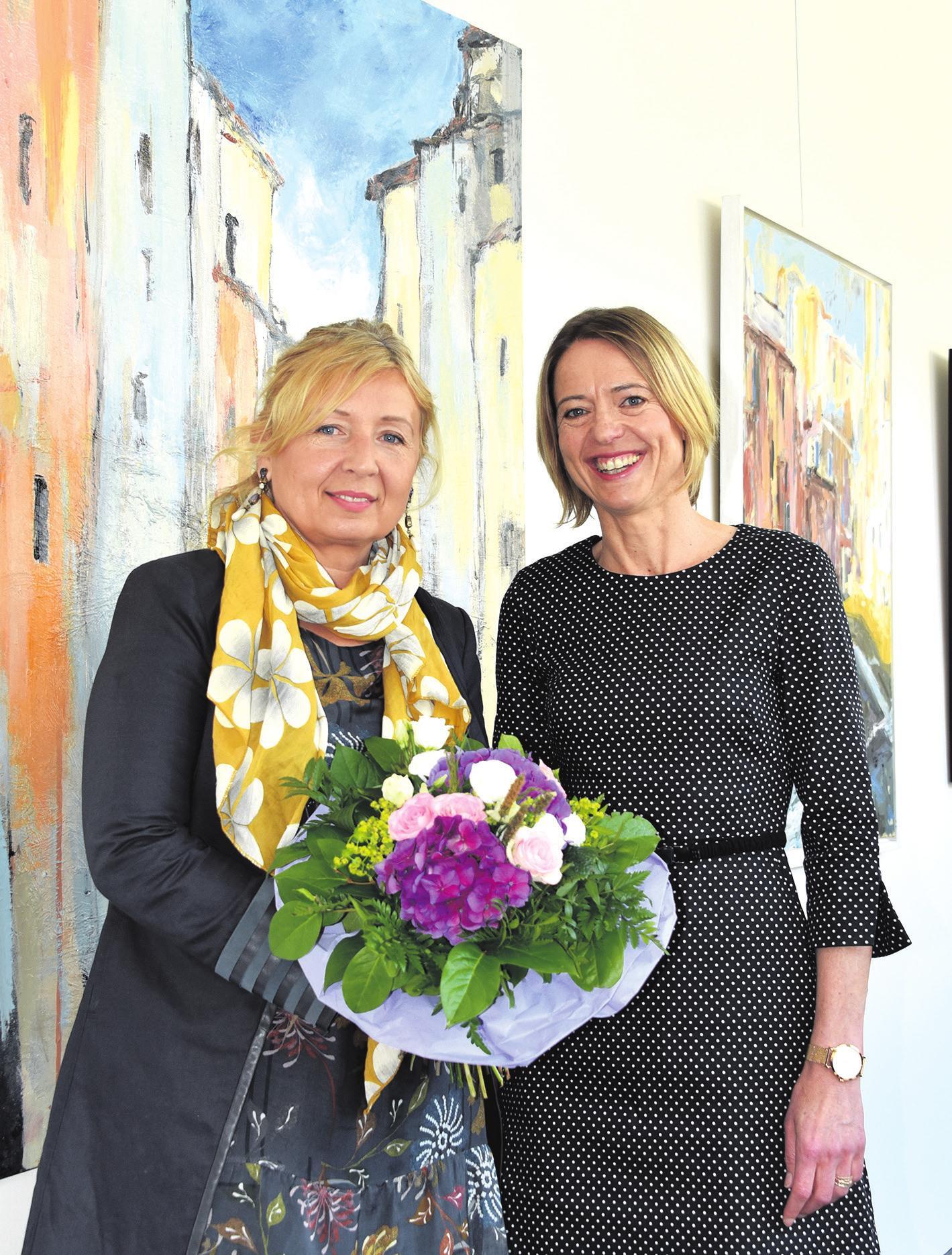 Ewelina Biermann-Firek (links) und OLG-Präsidentin Stefanie Otte. Foto: ©OLG Celle, Jacqueline Laski