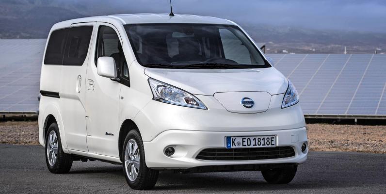 Mit dem NV200 Evalia hat Nissan seit 2009 einen praktischen Minibus und Kleintransporter im Programm. Fotos: Nissan
