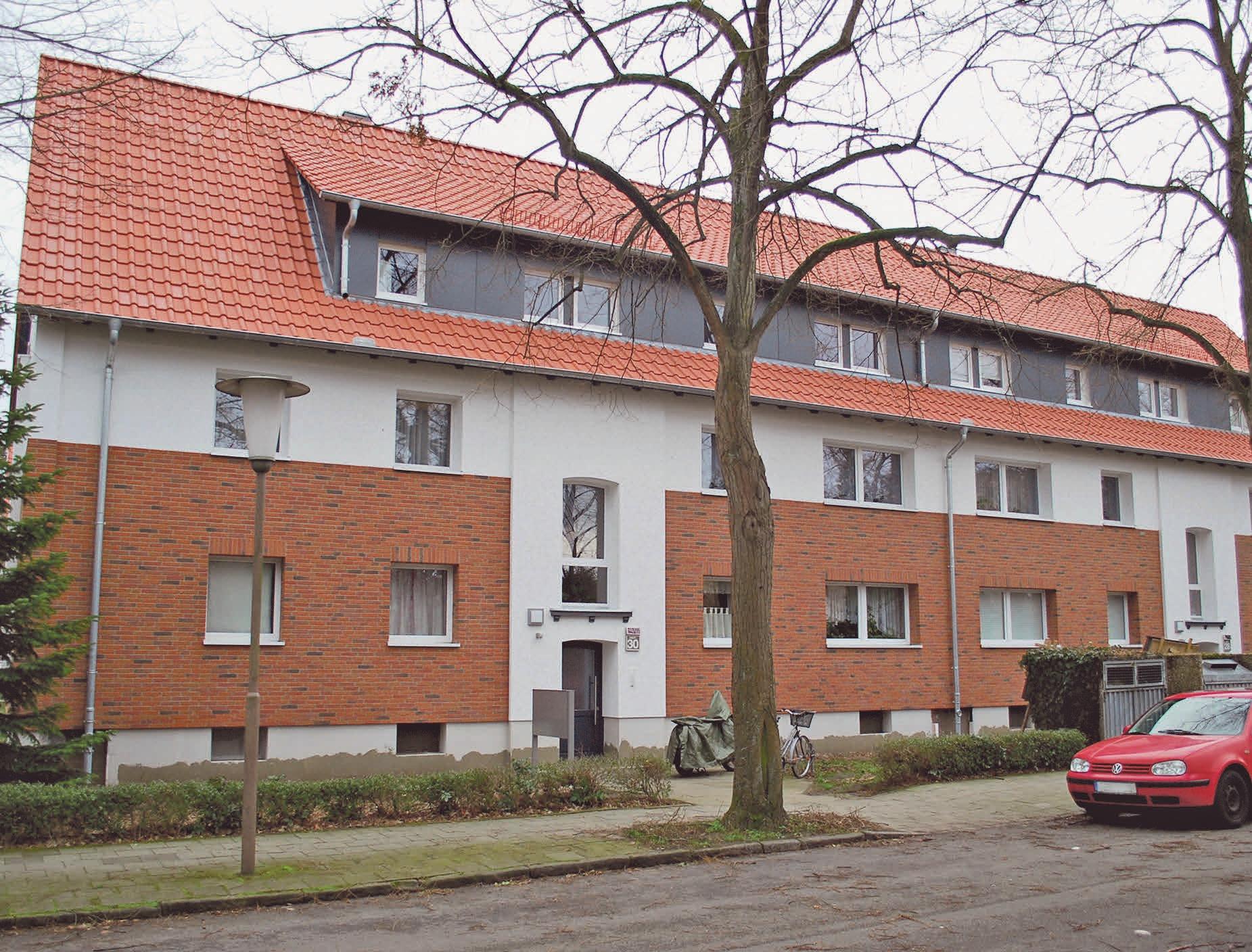 Am Herzbergweg 28+30 wurden die Außenfassaden gedämmt und die Dächer saniert. Foto: Birthe Kußroll-Ihle