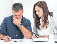 Addiert man Maklerprovision, Grunderwerbsteuer, Notar, Grundbuch, Hausanschlüsse und anderes, kommt eine stattliche Summe zusammen. DJD/SCHUTZGEMEINSCHAFT FÜR BAUFINANZIERENDE/THX