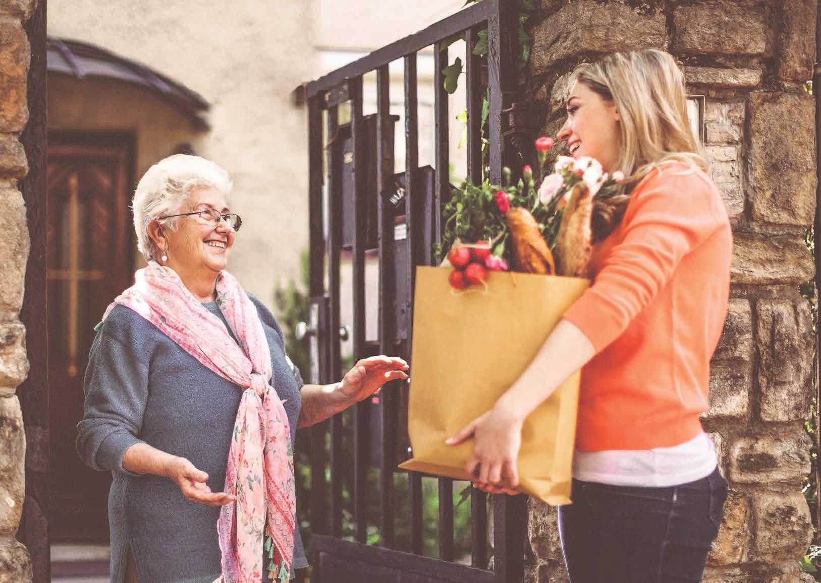 Ältere Alleinstehende sind teilweise auf spezielle Dienste angewiesen. Foto: Foto: Eva-Katalin/gettyimages.com/akz-o