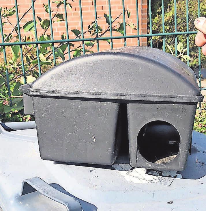 Spezielle Boxen werden jetzt bei der Bekämpfung der Ratten im Ostseebad eingesetzt. Diese verhindern, dass Kinder oder Hunde an das Gift gelangen. Foto: Raphael Wardecki