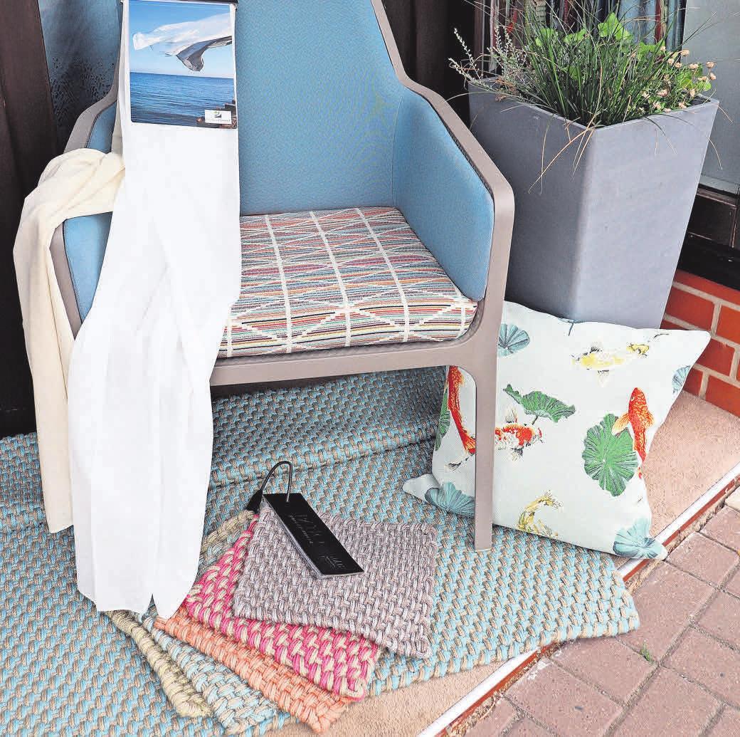 Jetzt besonders gefragt: Outdoorstoffe und Teppiche. Jeder Hersteller hat inzwischen Produkte mit Recyclingmaterialien im Sortiment.