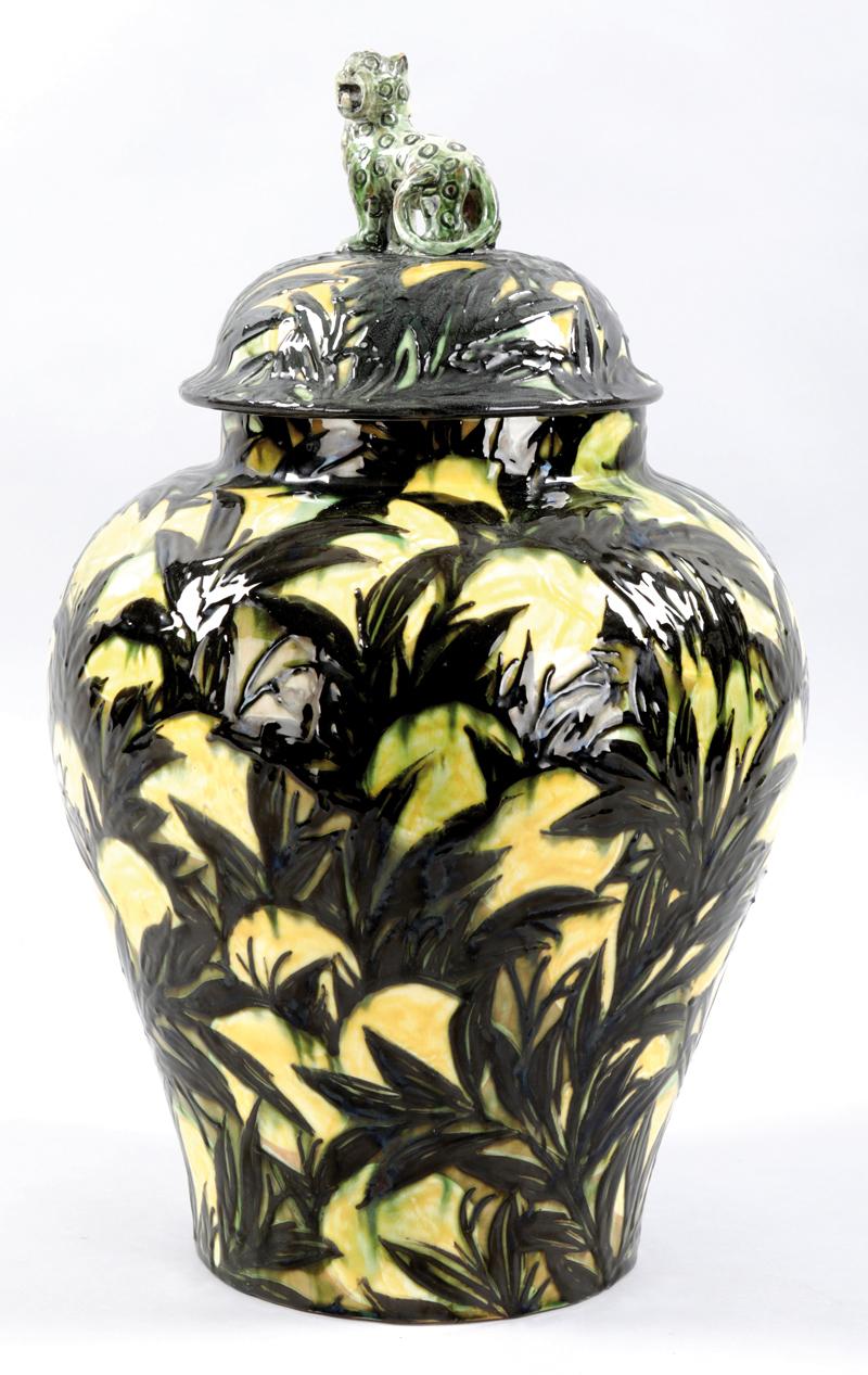 "Deckelvase ""Zitrone"", Großherzogliche Majolika-Manufaktur Karlsruhe, 1921-29. Foto: Auktionshaus City Nord"