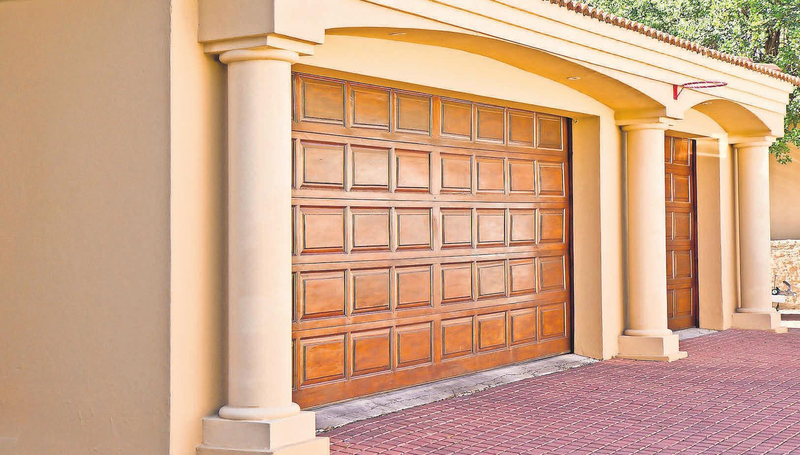 Die Garage: Ordnung, Schutz und vorteilhafte Versicherungsbedingungen.