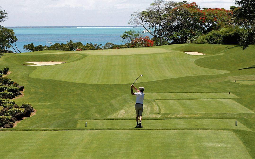 Viel Bewegung an der frischen Luft: Golf macht Spaß und ist in jedem Alter erlernbar. Warum nicht jetzt?