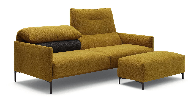 Sofa «Avalanche» verteckt die technischen Finessen hinter seiner elegenten Silhouette.