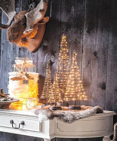 Lichterketten sorgen für Weihnachtsstimmung BILD: DJD
