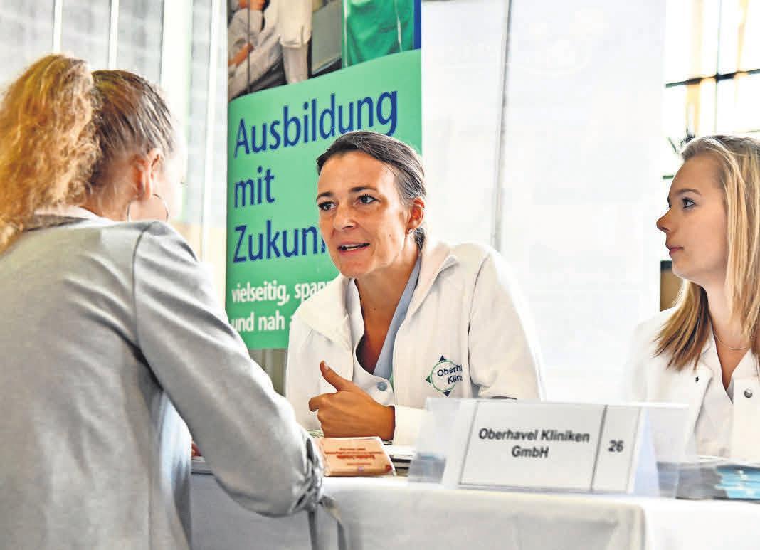 Das Besondere bei den Oberhavel-Kliniken: Jeder Azubi bekommt nach der Ausbildung eine Übernahme-Garantie.