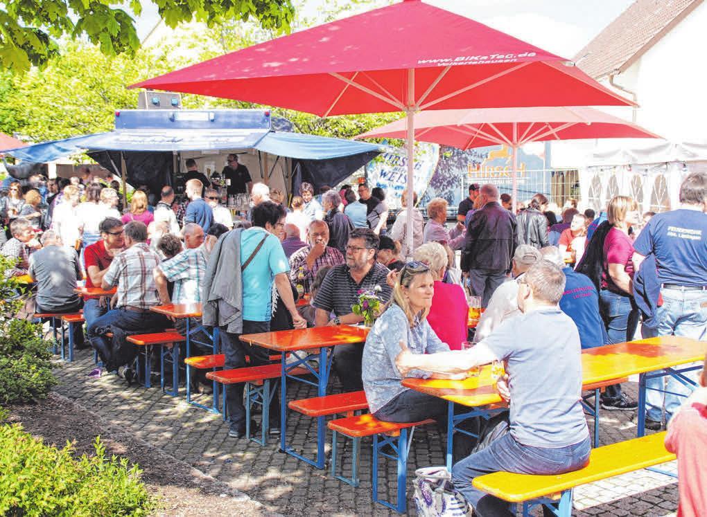 Das Fest wird von den örtlichen Vereinen organisiert. FOTOS:ARCHIV