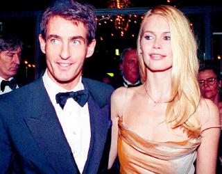 1999 Beruflich stand Supermodel Claudia Schiffer für Glanz und Glamour. Privat setzt sich Schiffer als Unicef-Botschafterin für Kinder ein, die an HIV oder Aids leiden. PA/ZB/KALAENE JENS