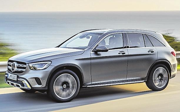 29 Mercedes GLC