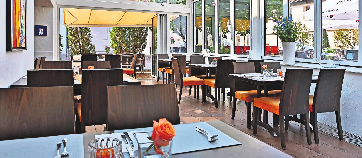 Hirsch Weinstuben verfügt über 120 Plätze im Außenbereich. Foto: Eberhardt
