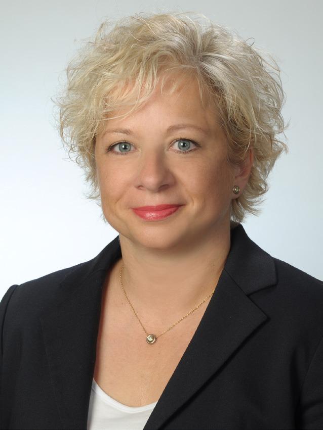 Dr. Kirstin Bernhardt