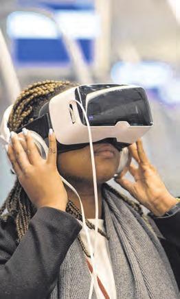 Mit neuer Technik werden Jobs vorgestellt. Foto: Boris Roessler
