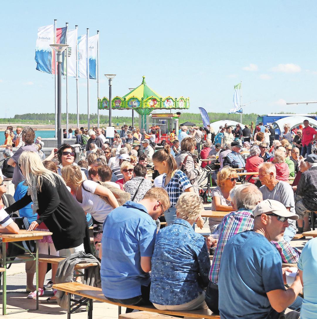 Tausende Ausflügler zog es im vergangenen Jahr zum Hafenfest ans Kap Zwenkau.