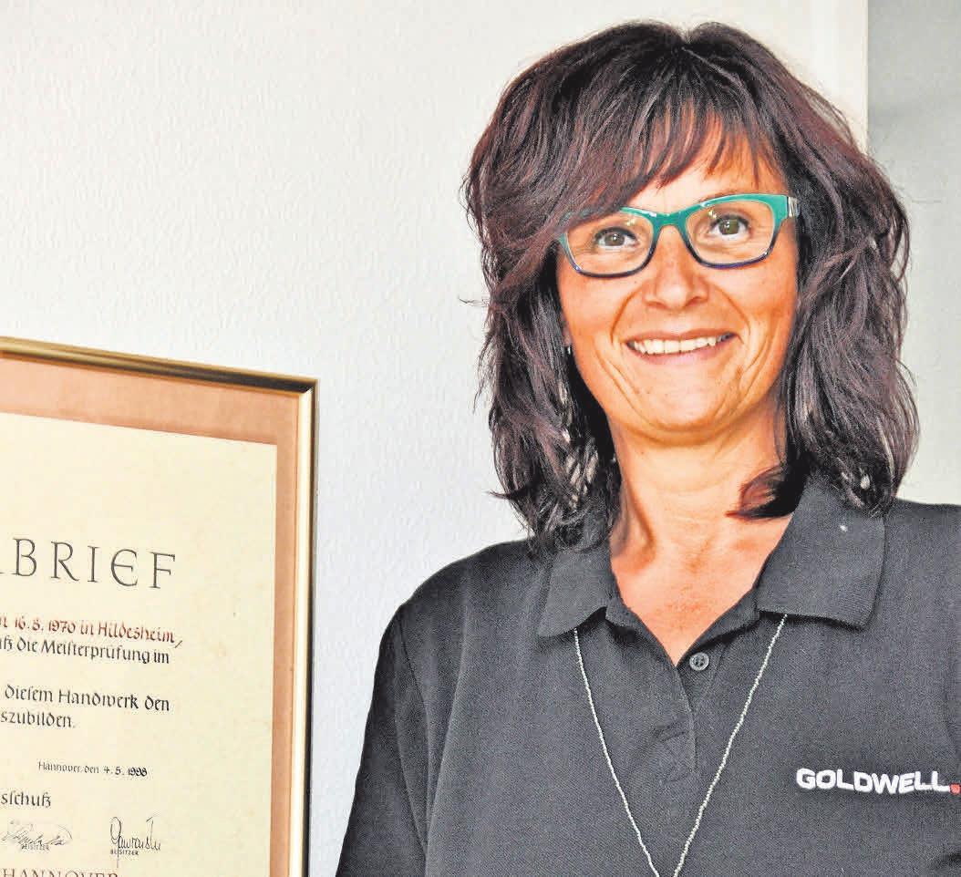 Friseurmeisterin Nicole Beier setzt auf höchste Qualität in ihrem Salon.