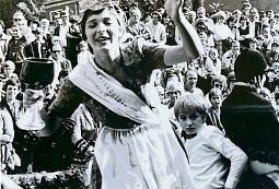 Trotz Königinnenstatus hat Anita Weiße in ihrer Amtszeit gearbeitet, sogar im Schichtmodus.