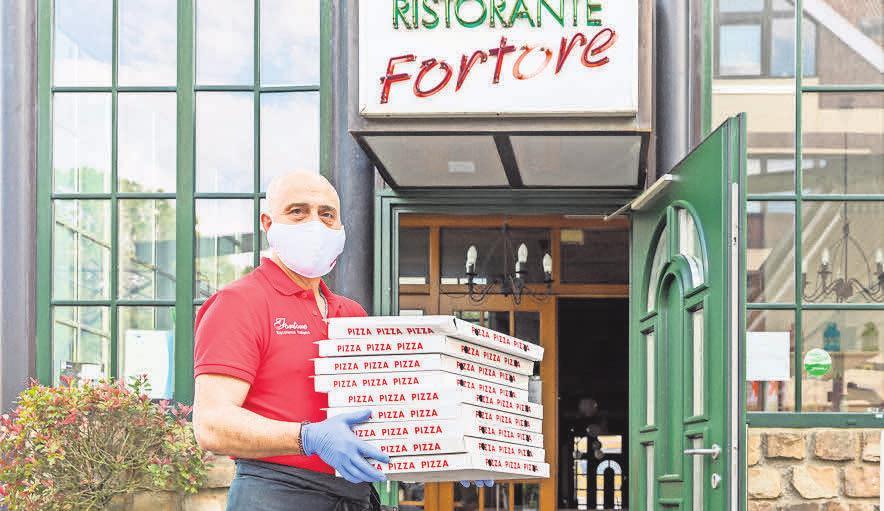 Wer am morgigen City-Mittwoch groß einkauft, bekommt einen Gastronomie- Gutschein im Wert von 20 Euro dazu – solange der Vorrat reicht.