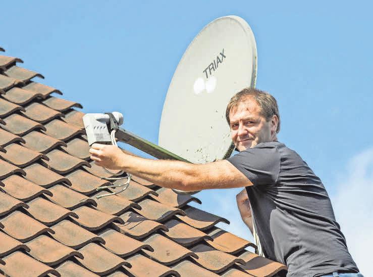 Mit der Firma Top-Service kommt die Sat-Anlage problemlos aufs Dach.