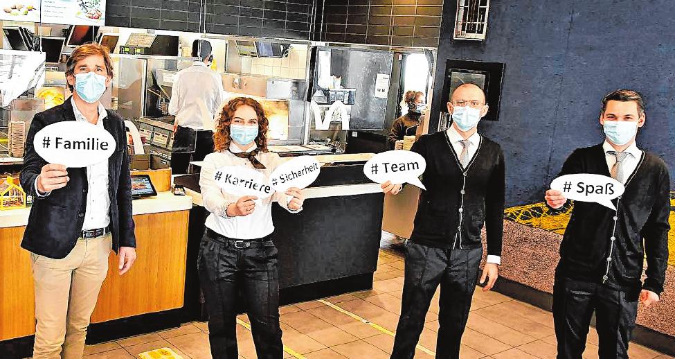 Das Team freut sich auf Zuwachs: Michael Mion (Franchisenehmer), Maria Shyriaieva (Azubi im zweiten Lehrjahr), Eduard Matei (Restaurantmanager Heppenheim) und Yannik Jera (Restaurantmanager Bensheim).