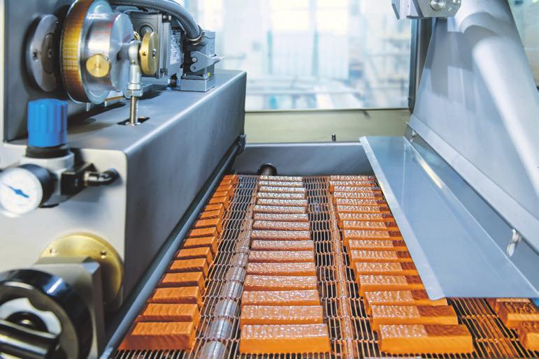 Die moderne Riegel-Produktion heute. Fotos: HERZA