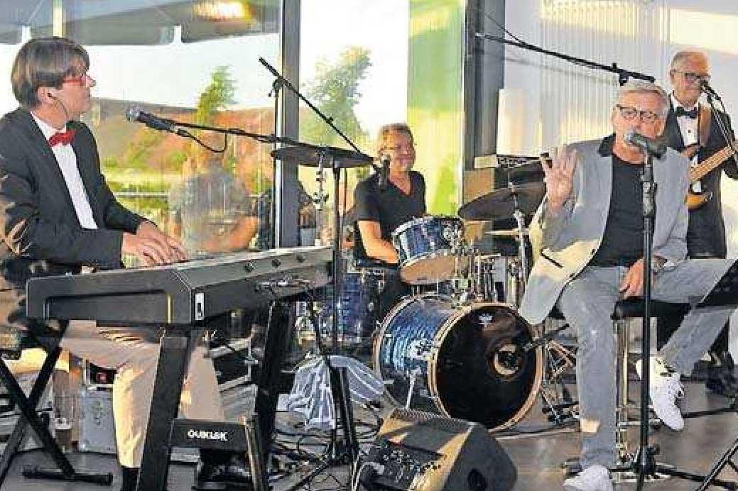 """Die """"Gentle Jackets"""" spielen am Samstag. FOTO: FRED G. SCHÜT"""