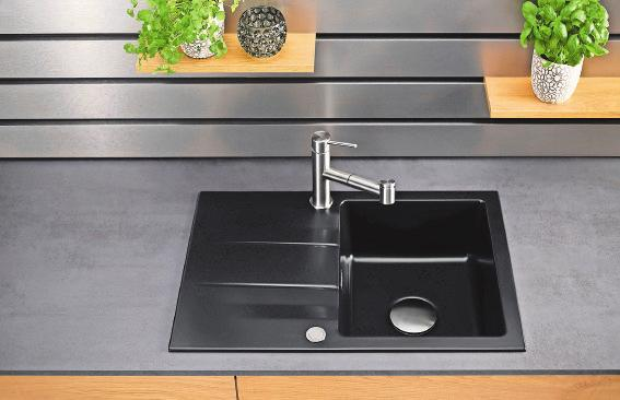 Trend Einbecken-Spüle: Die hochwertige Keramikspüle passt auch in kleine Küchen und ist in vielen Farben erhältlich. Foto: AMK