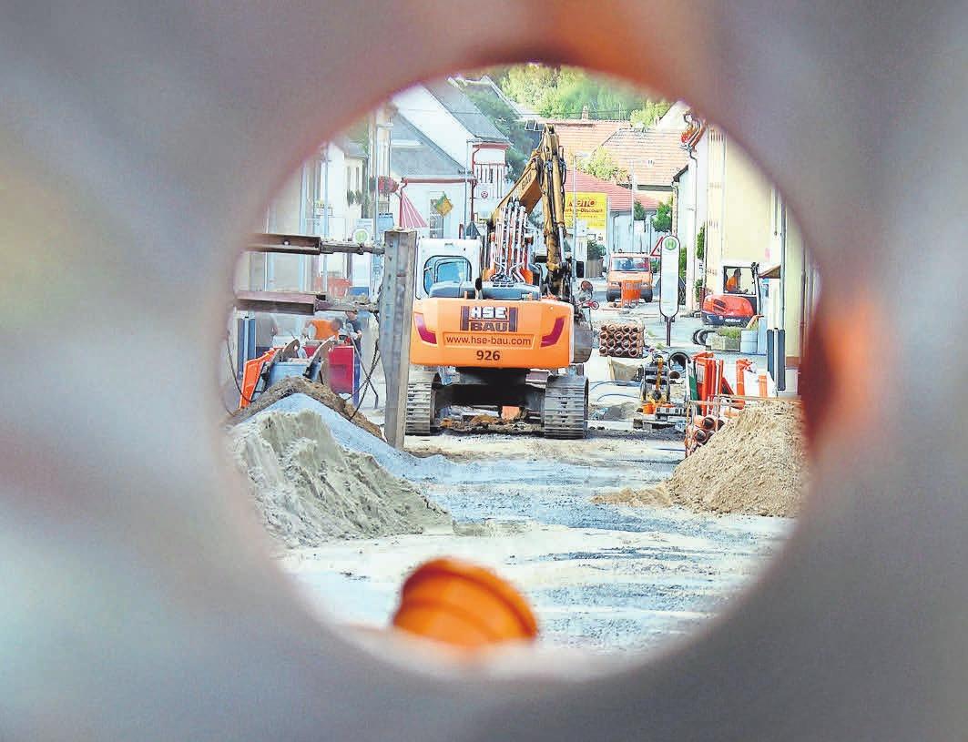 Kosten für Anschlussarbeiten ans Abwassernetz können nicht immer für die Steuer geltend gemacht werden. FOTO: DPA