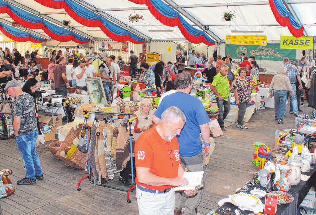 Der Zeltflohmarkt startet am Freitag um 16 Uhr.