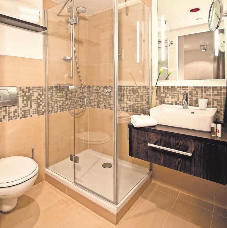 Keramische Fliesen mit sehr geringer Wasseraufnahme eignen sich besonders gut fürs Bad. Foto: Leonardo