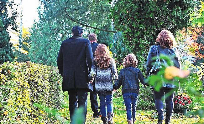 Robert Klein begleitet die Angehörigen. Fotos: kae