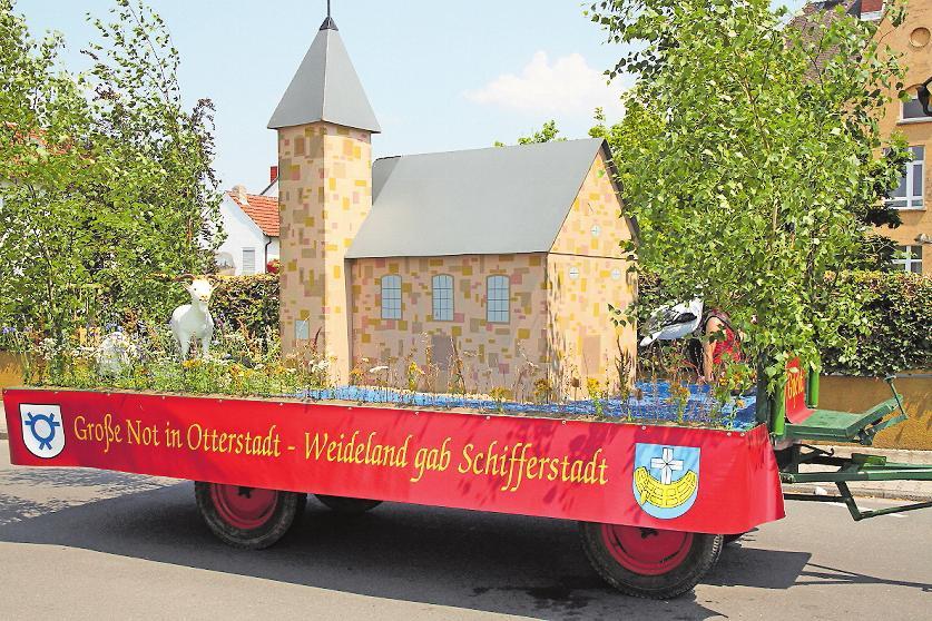 Wird immer wieder thematisiert: Die Nachbarschaftshilfe der Schifferstadter, die den Ursprung für das Fest liefert. ARCHIVFOTO: KRAUS