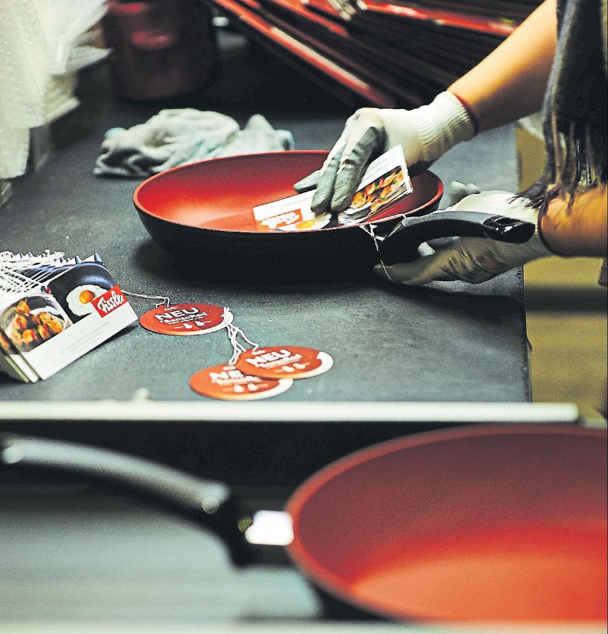 Die Töpfe und Pfannen der Marke bestehen meist aus hochwertigem Edelstahl oder Aluminium und sind zum Teil beschichtet.Foto: Fissler