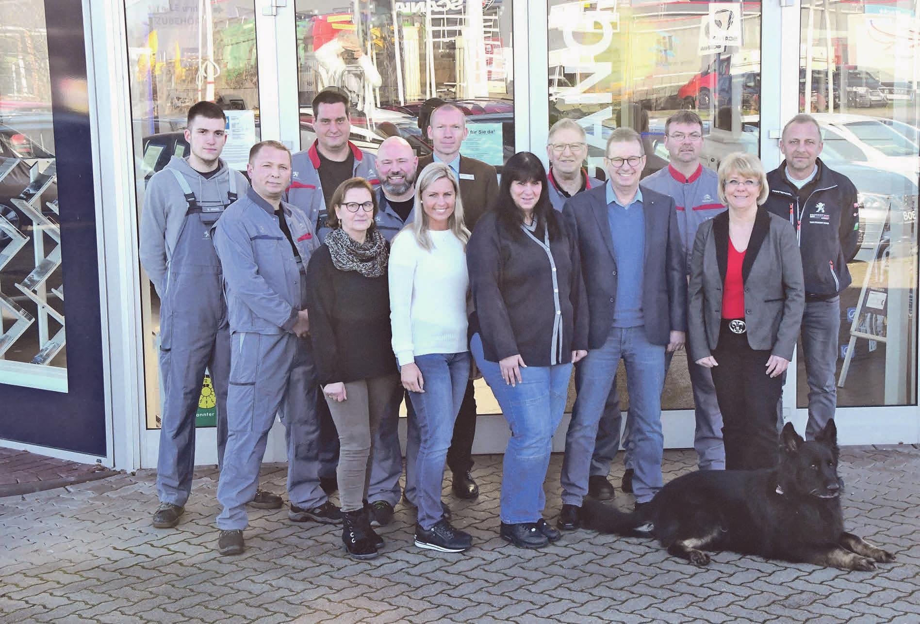Das Team der Autohaus Macke GmbH sorgt für mobile und zufriedene Kunden