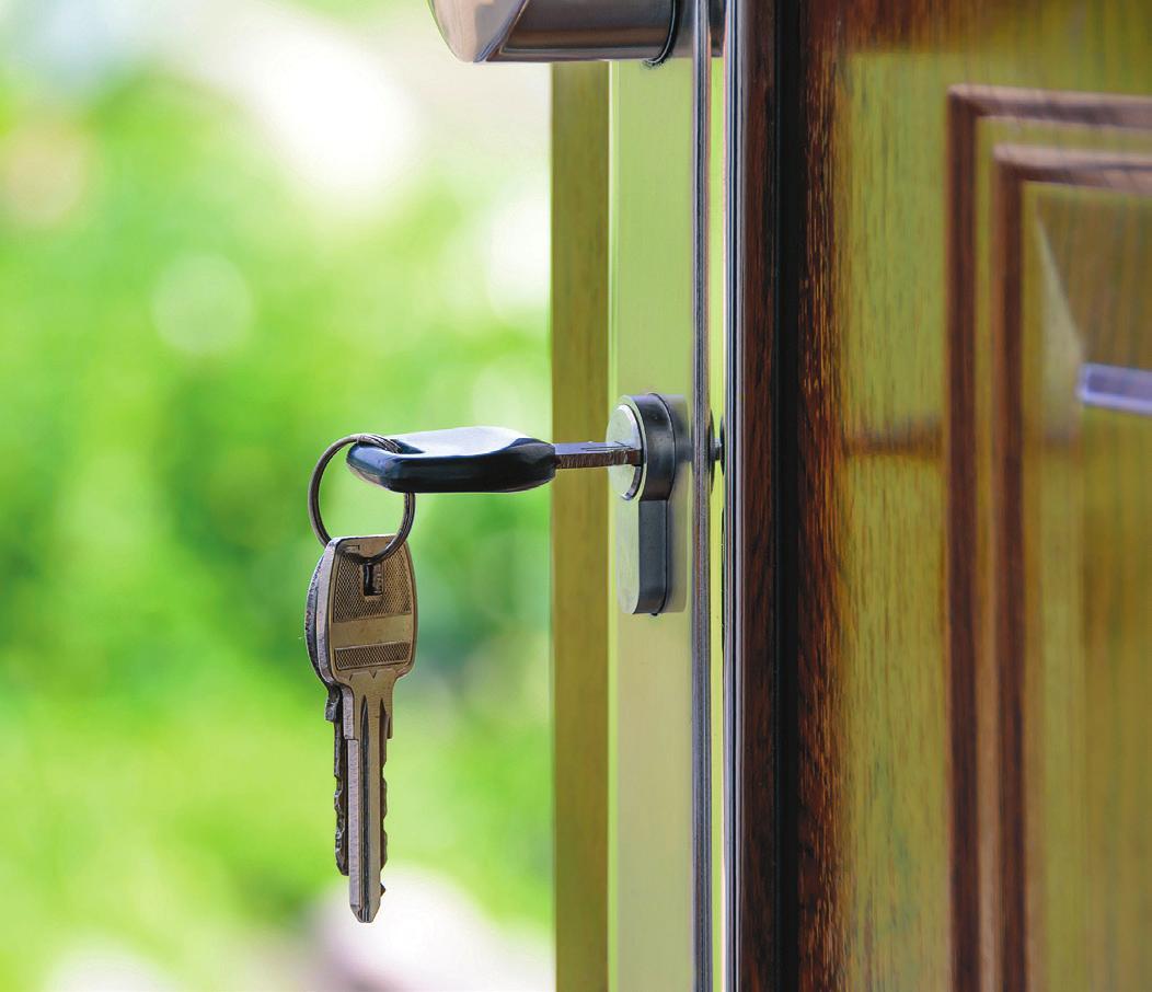 Mit moderner Haustür-Technik sind herkömmliche Schlüssel nicht mehr nötig. Foto: Pexels.com